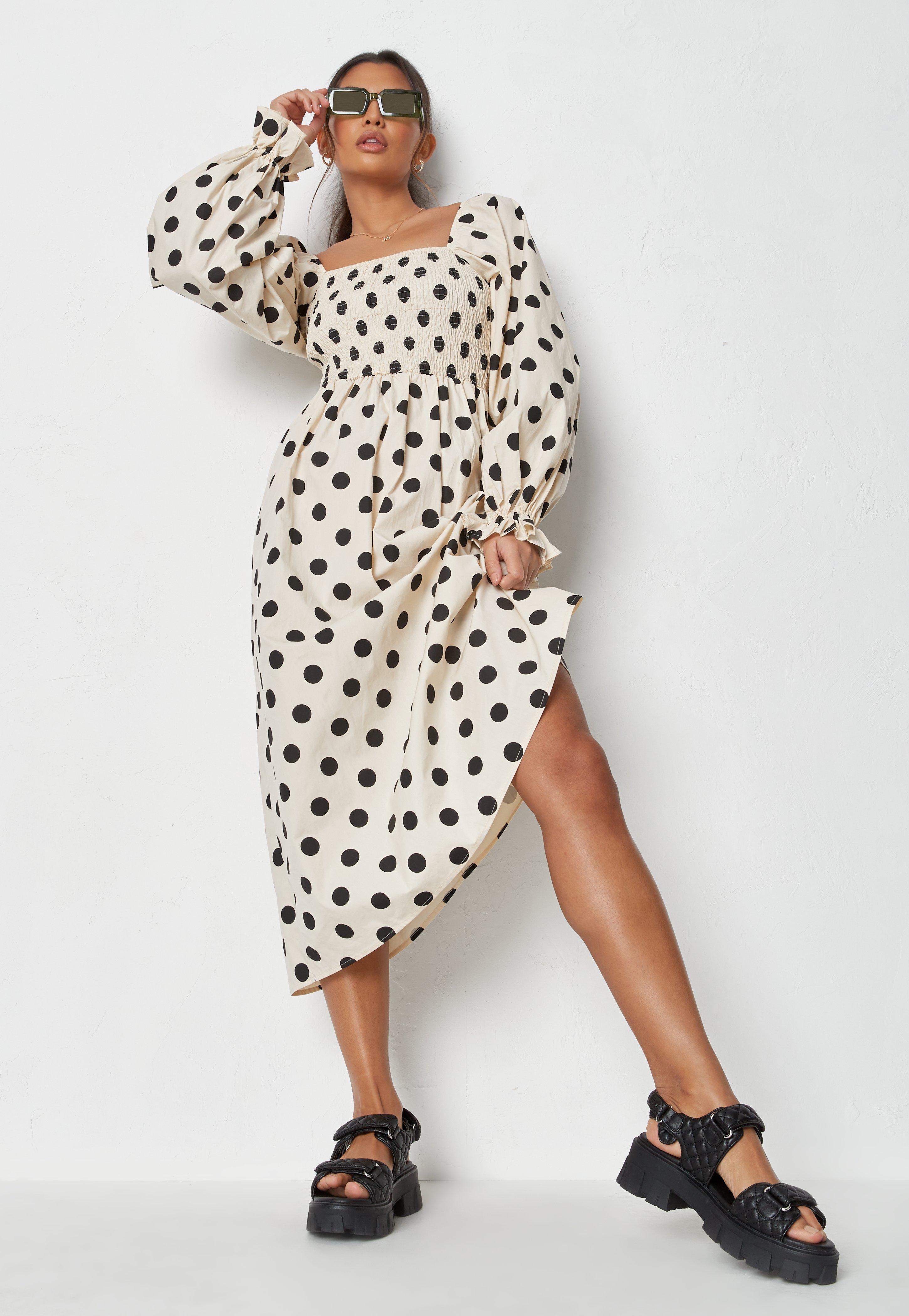 Petite Cream Polka Dot Shirred Bust Midi Dress   Missguided